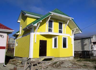 Дом 7 x 8 с эркером и балконом площадью 115 м2 + проект
