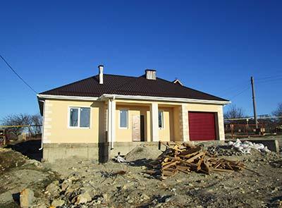 Дом 14 x 11.4 с верандой и гаражом площадью 154 м2 + проект